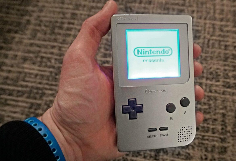 Κυκλοφορεί ξανά η θρυλική συσκευή Game Boy της Nintendo από την Hyperkin (Pics)