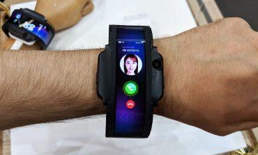 ZTE nubia-α: Ένα smartphone στον καρπό σας!