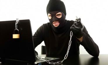 Hacker απειλεί Sony και Microsoft εάν συλληφθεί!