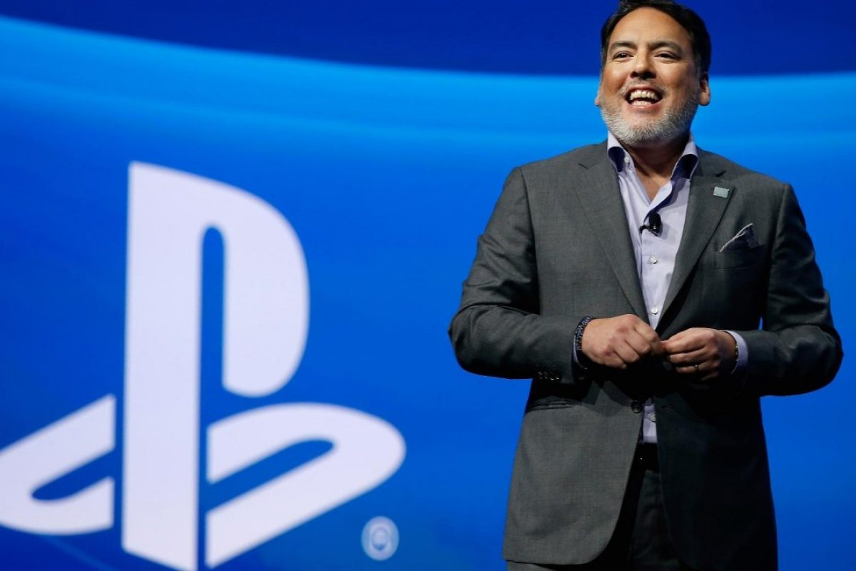 "Shawn Layden της Sony: ""Θέλουμε λιγότερα αλλά μεγαλύτερα παιχνίδια στο PlayStation"""